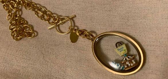 o2-locket